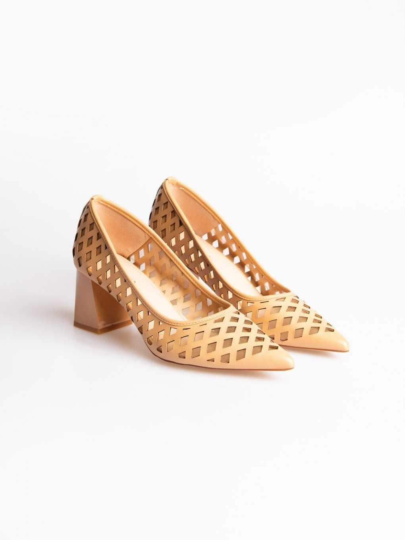 Block heel perforated pumps