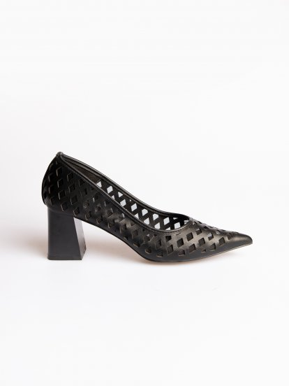 Block heel perforated pumps