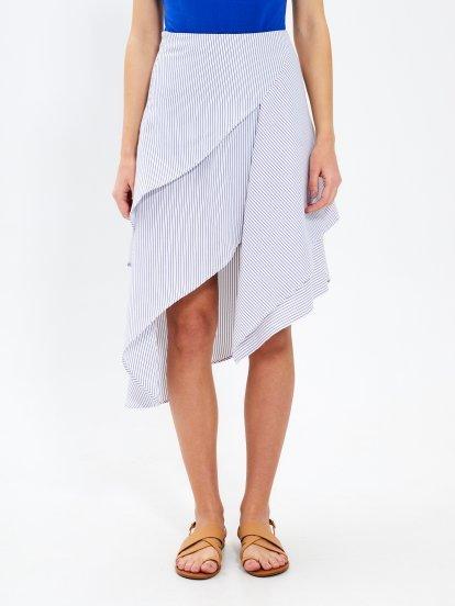 Prúžkovaná asymetrická midi sukňa