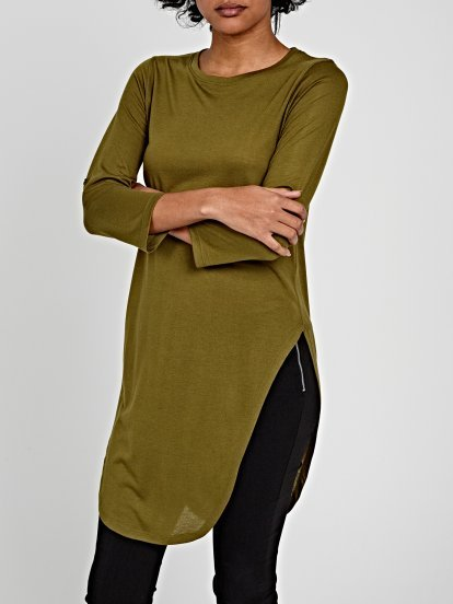 LONGLINE ROLL-UP SLEEVE TOP