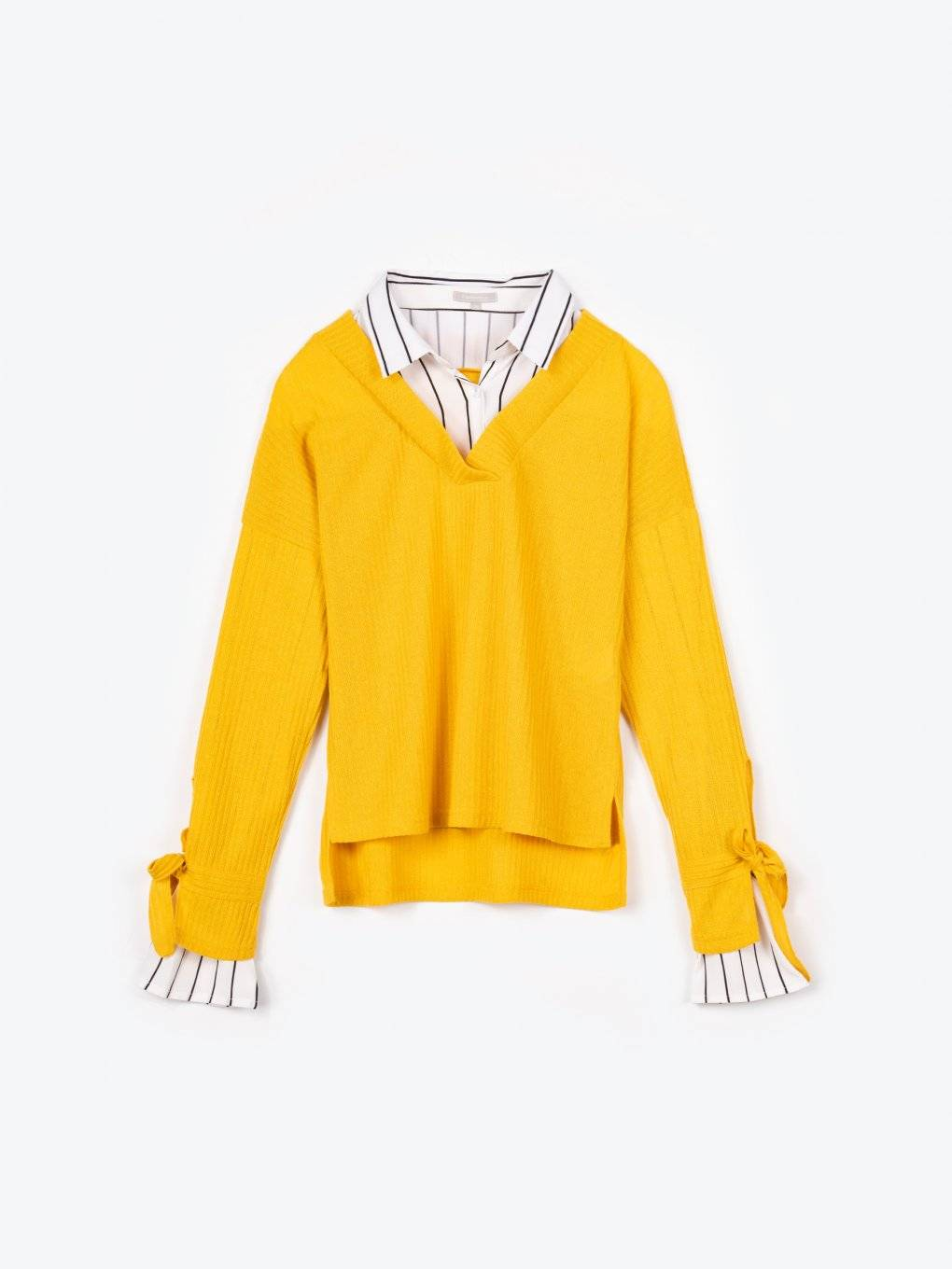 Pullover with shirt details