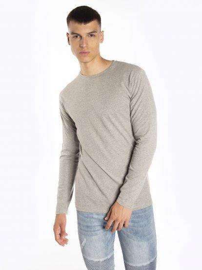 Jednoduché tričko slim fit s dlouhým rukávem