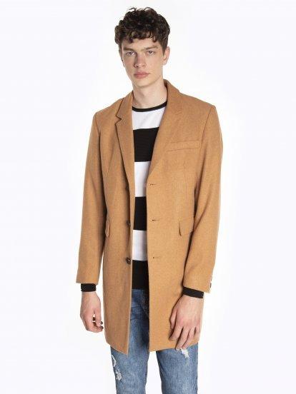 Długi jednokolorowy płaszcz