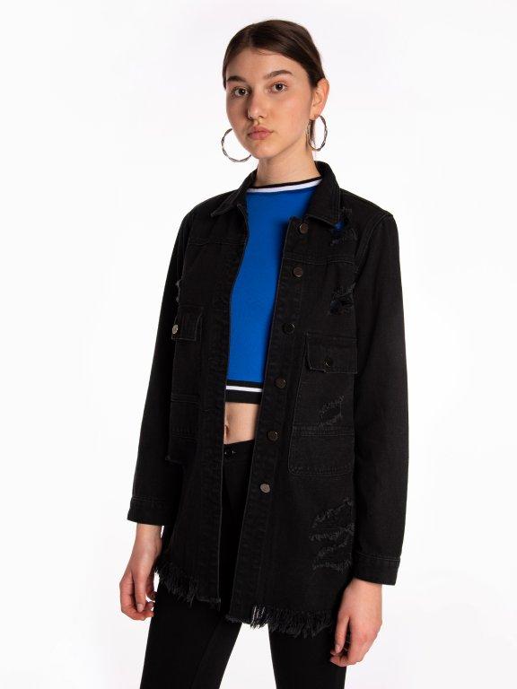 Široká denimová bunda s obnoseným vzhľadom