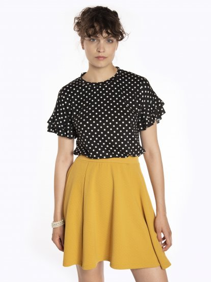 Polka dot print t-shirt with ruffles