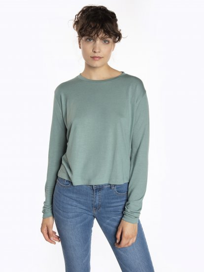 Loose fit long sleeve t-shirt