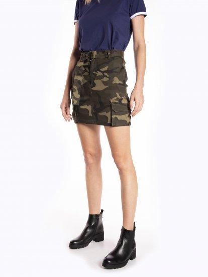 Mini sukňa cargo s maskáčovou potlačou