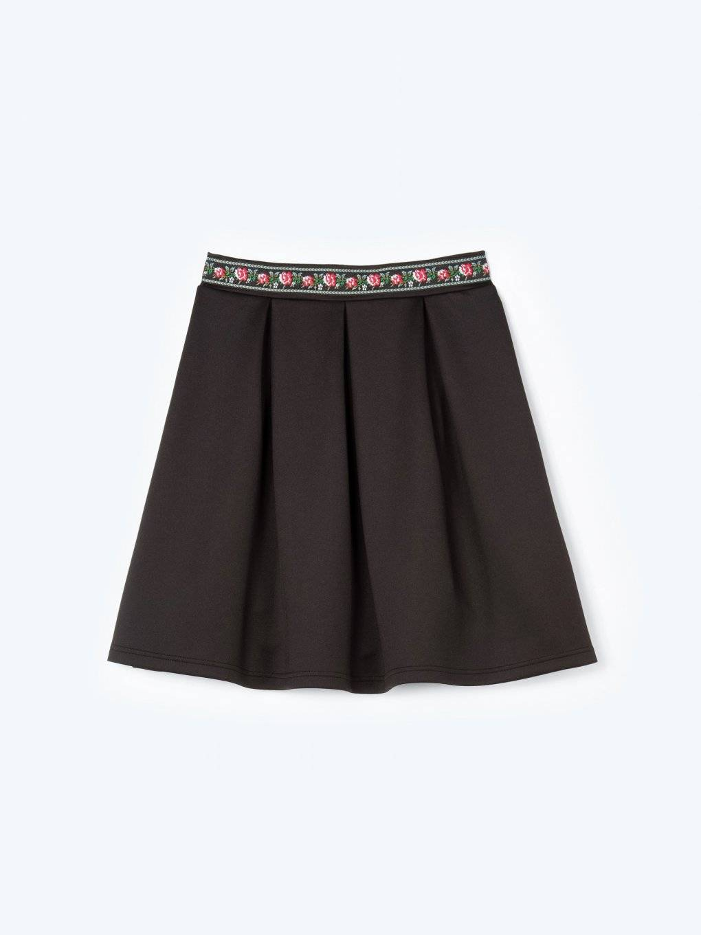 Skater skirt with embroidered waist band
