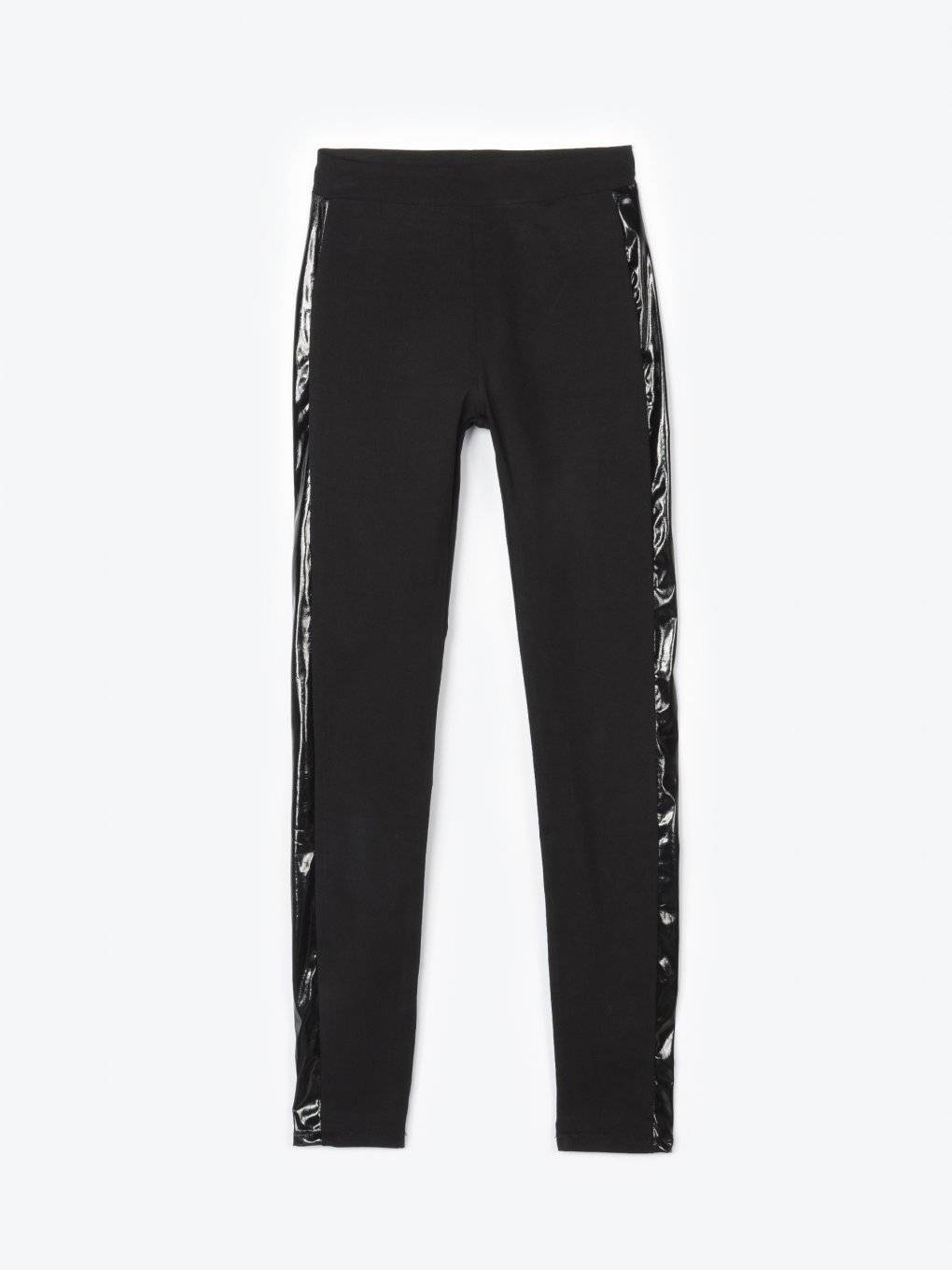Skinny elastic knitted trousers with vinyl side stripe