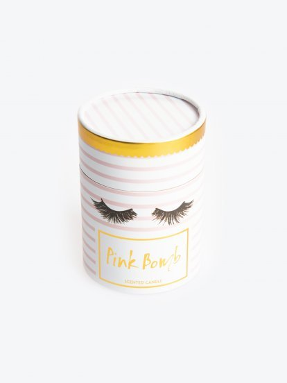 Pink bomb scented candle in box