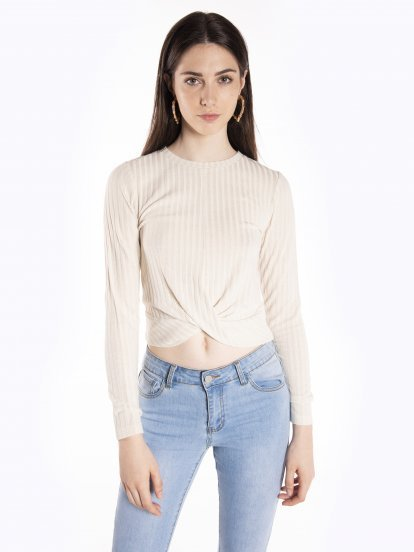 Ribbed long sleeve crop top with knot
