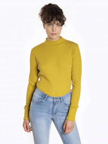High neck long sleeve t-shirt