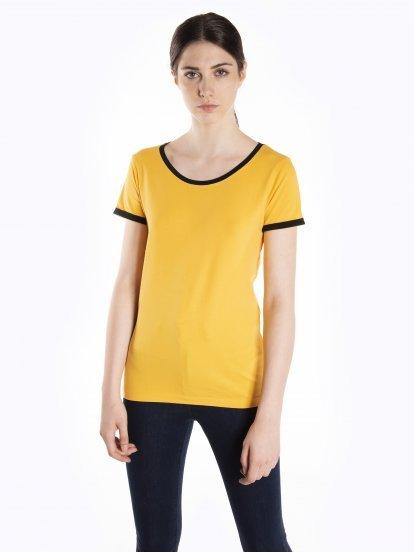 Tričko s kontrastním lemem