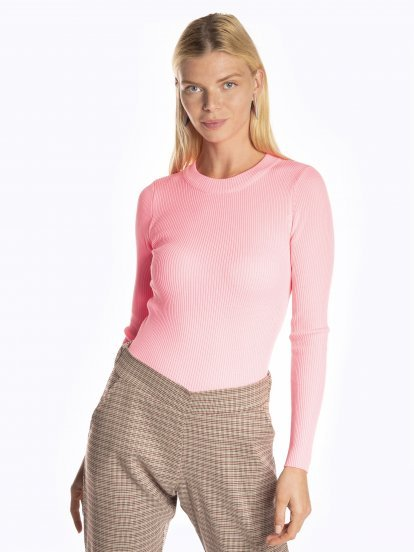 Plain ribbed jumper