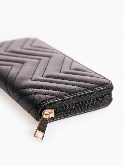 Prešívaná peňaženka
