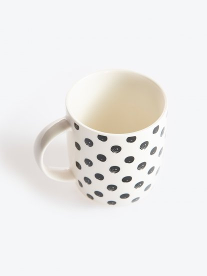 Porcelánový hrneček