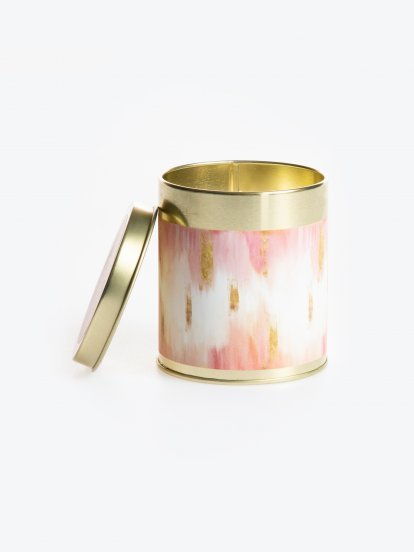 Loving peony scented tin candle