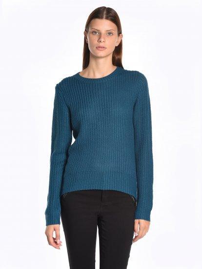 Jednokolorowy sweter