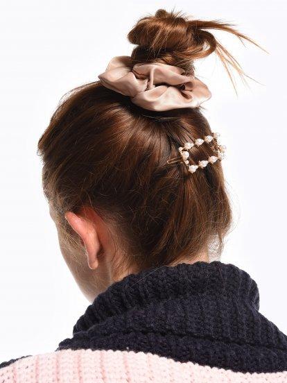 Pearl hairgrip