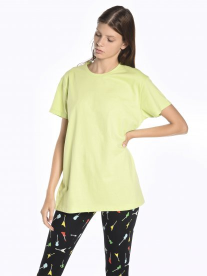 Boyfriend fit t-shirt with print at back