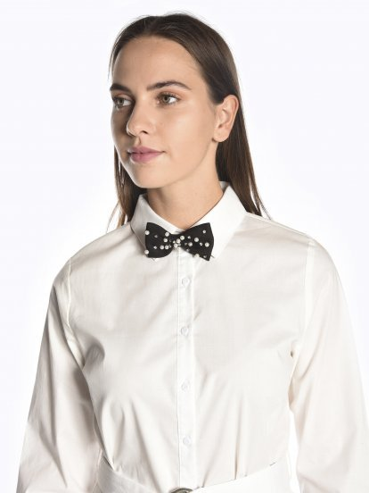 Faux pearl bow tie