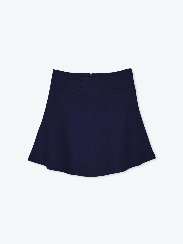 Áčková sukňa s falošnými vreckami