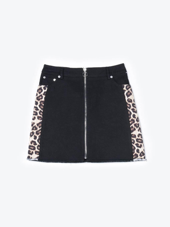 Denim skirt with animal print