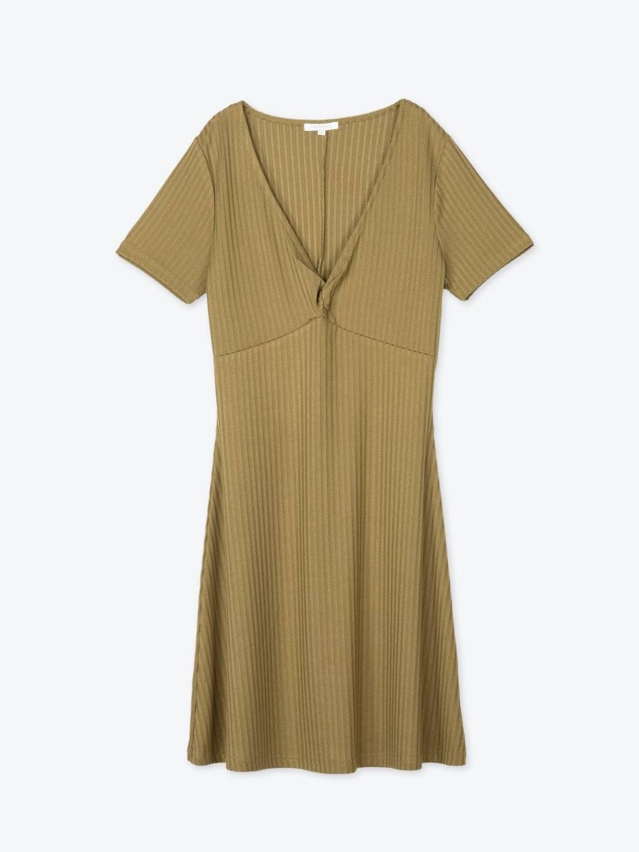 Rebrované šaty s véčkovým výstrihom