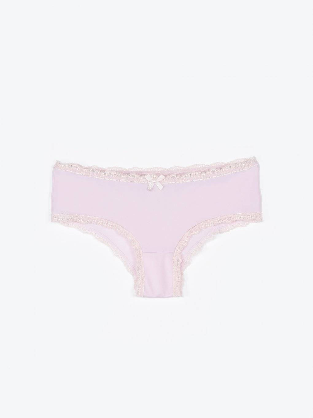 Panties with lace trim