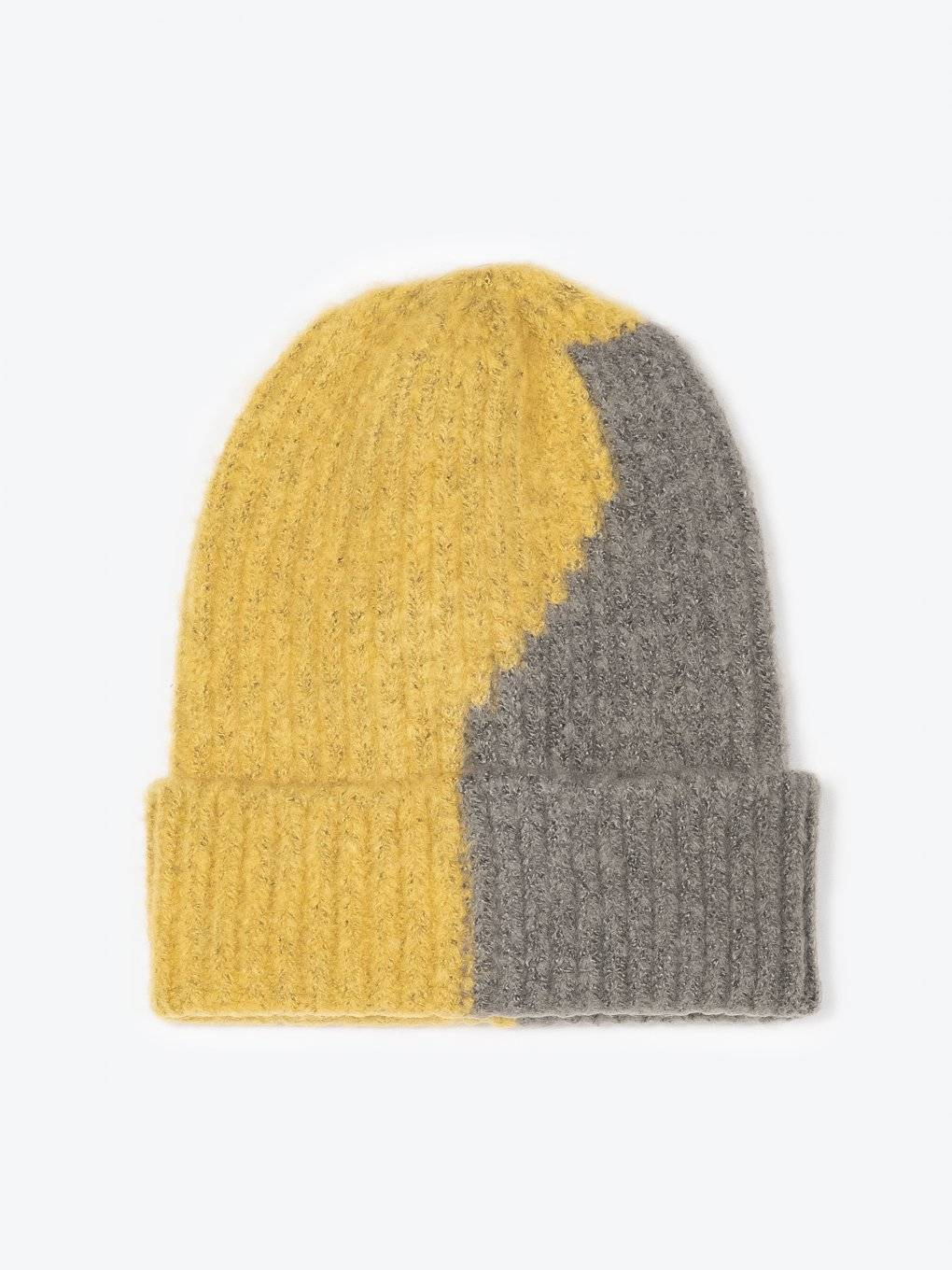 Two colour ribbed beanie