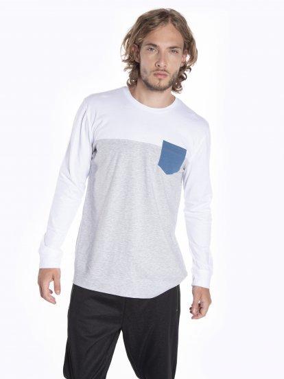 Tričko s kontrastní náprsní kapsou