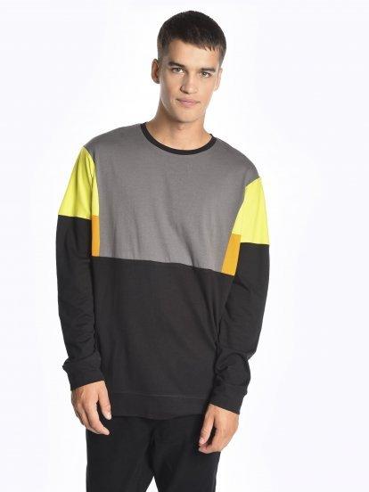 Vícebarevné tričko s dlouhým rukávem