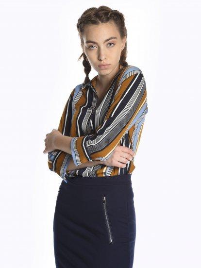 Prúžkovaná viskózová košeľa