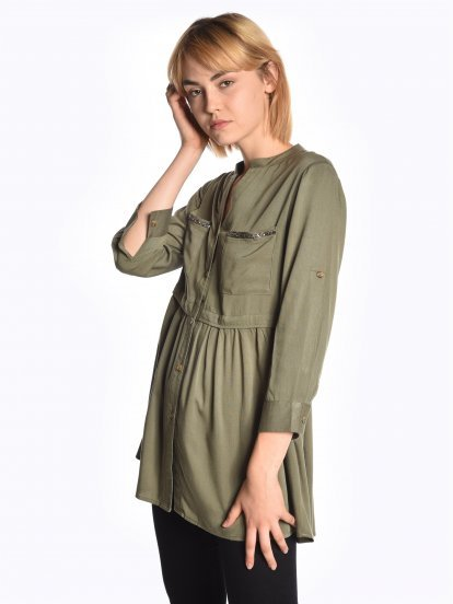 Longline viscose blouse with decorative chest pockets