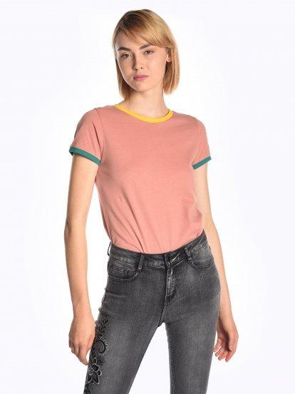 Tričko s barevným lemem