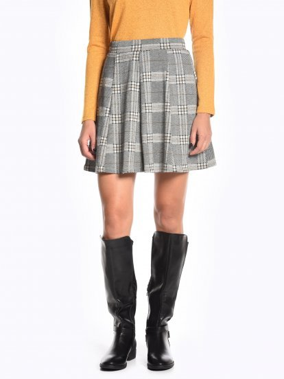 A-line plaid skirt