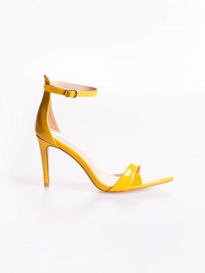 Sandále na vysokom podpätku