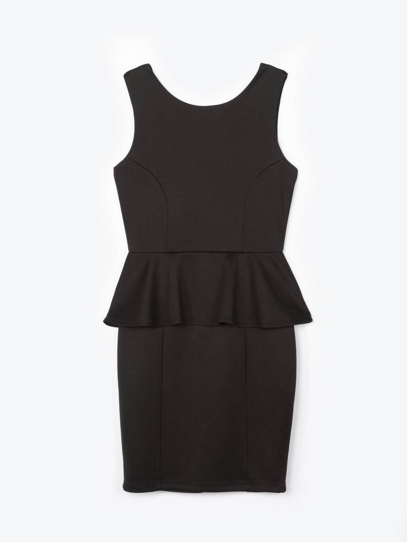 Obtiahnuté šaty bez rukávov s volánom
