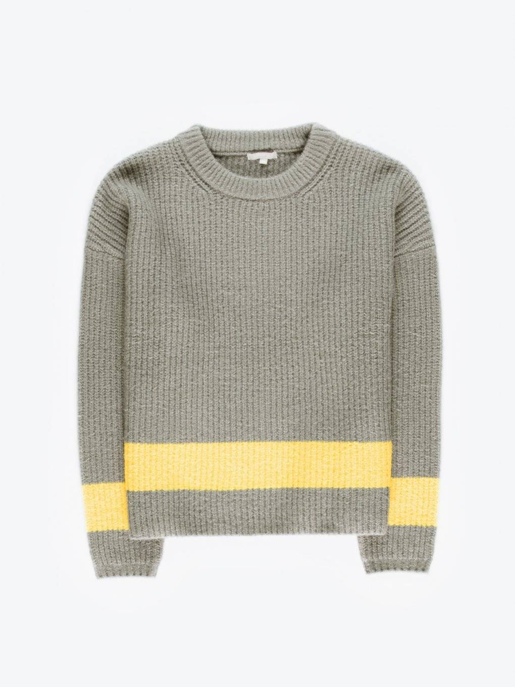 Oversized pullover with contrast stripe