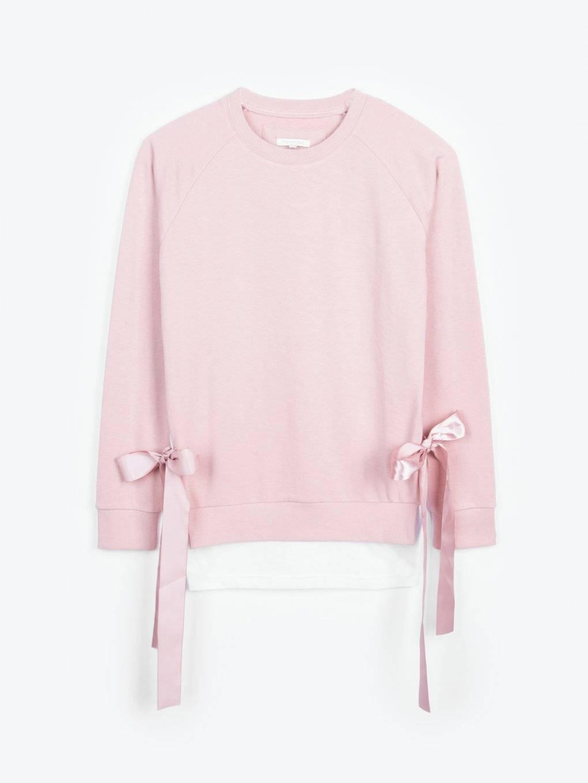 Sweatshirt with ribbons