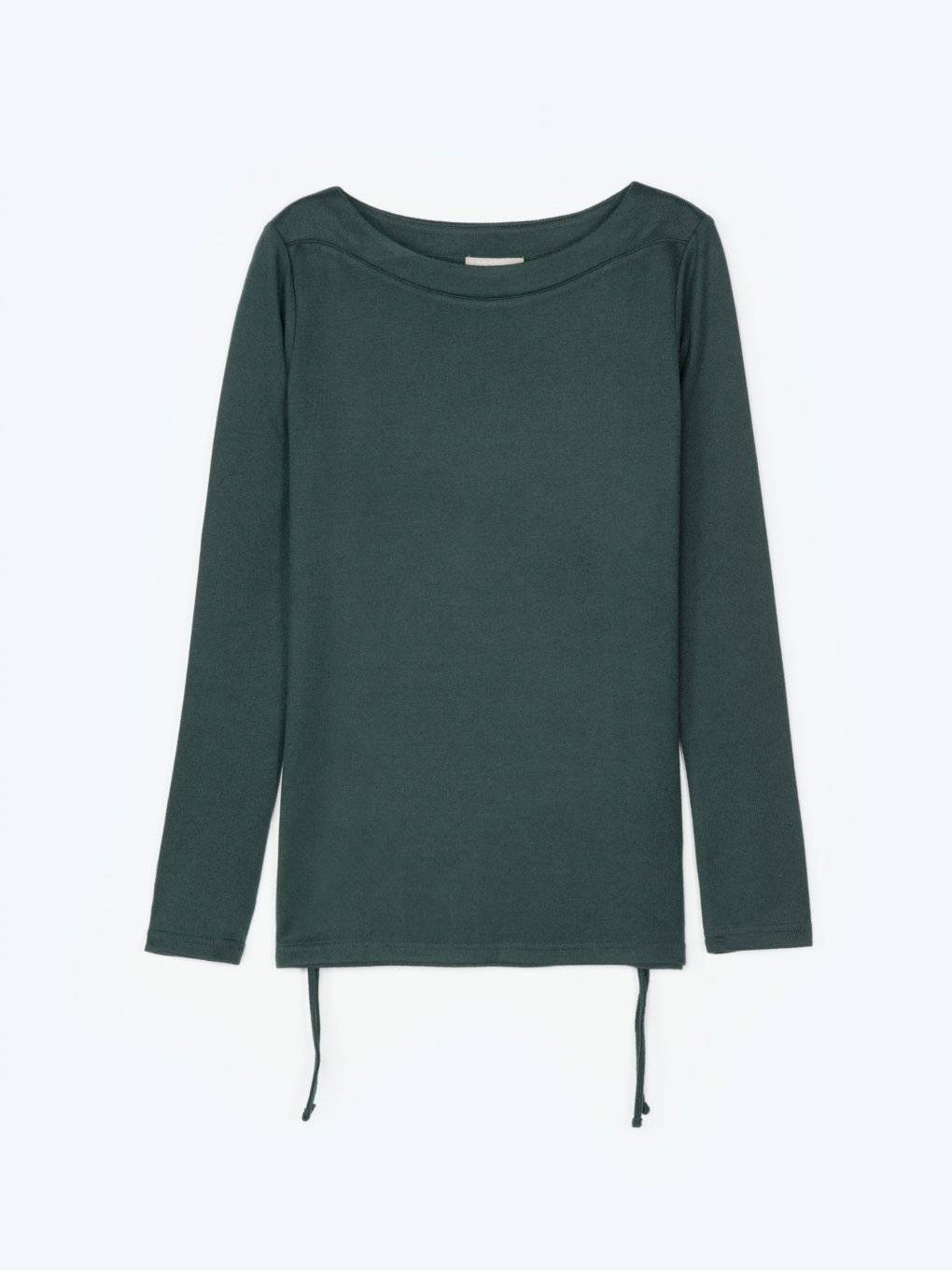 Long sleeved top with side strings