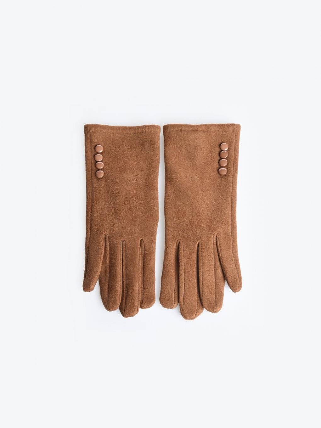 Gloves with buttons
