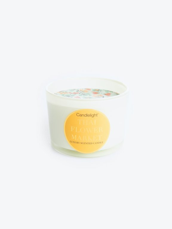 Thai flower market scented candle