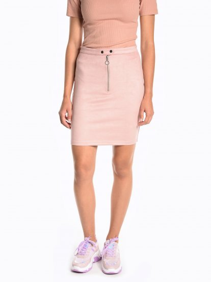 Pencil skirt with zipper