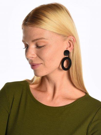 Velvet drop earrings