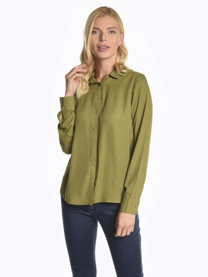 Chiffon blouse with studs