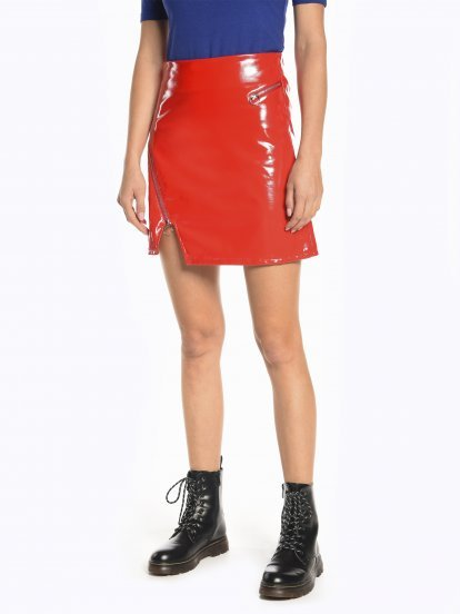 Vinyl effect mini skirt with zippers