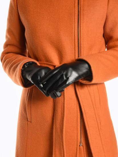 Faux leather gloves with studs