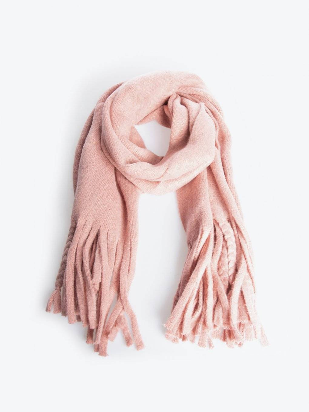 Plain scarf with tassels
