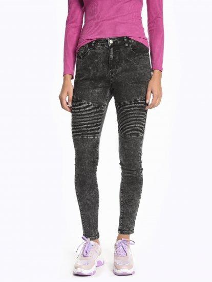 Motorkárske džínsy skinny